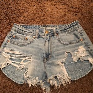 American Eagle Distressed High Rise Festival Short
